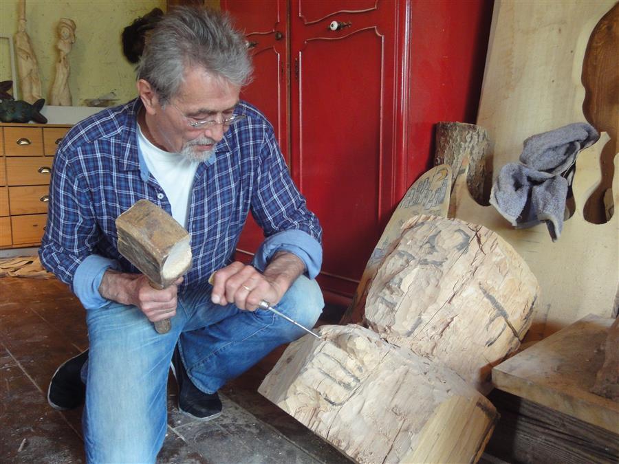 Holzskulpturen Fur Den Garten